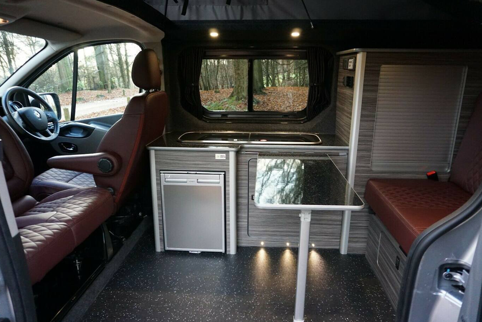 renault-trafic-camper-rental